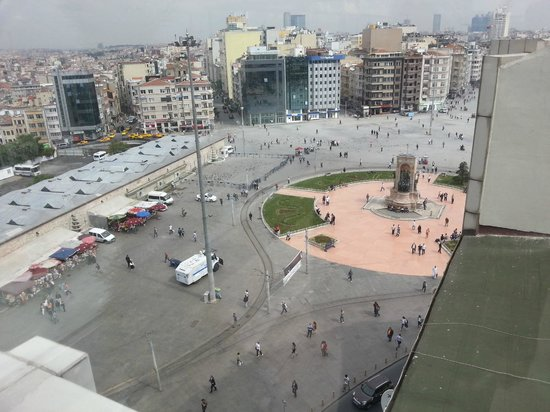 CVK Hotels Taksim : View from the Top Floor
