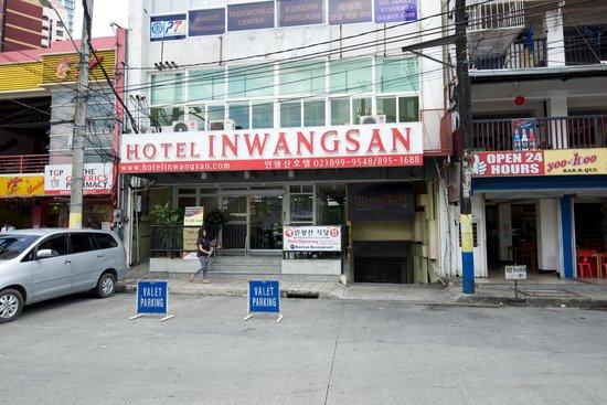 Inwangsan Hotel : Från utsidan