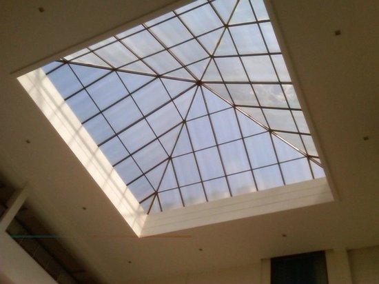 The Atrium on the Greens : Atrium from the Lobby