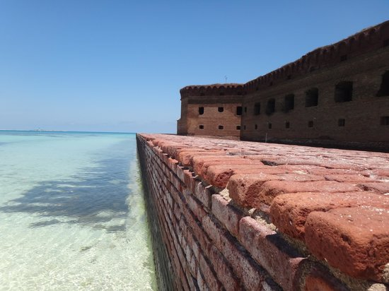 Dry Tortugas National Park: Vew from south wall