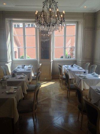 Hotel Le Bouclier d'Or: Breakfast room