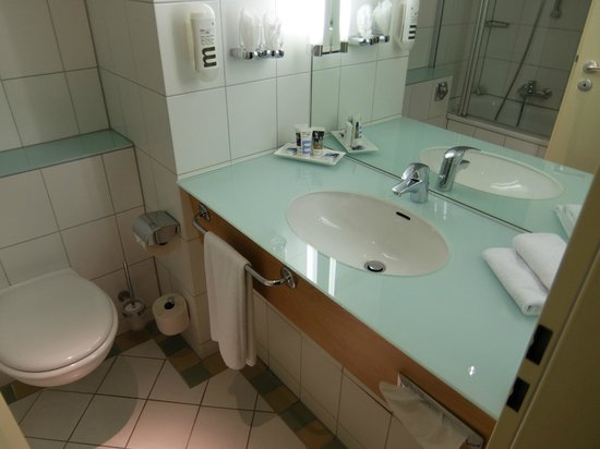 Mercure Hotel Dortmund City: bathroom