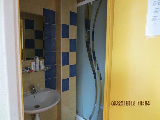 Hotel des Arts Bastille: doccia