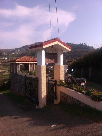 Hill Country Kodaikanal: Entrance of the hotel
