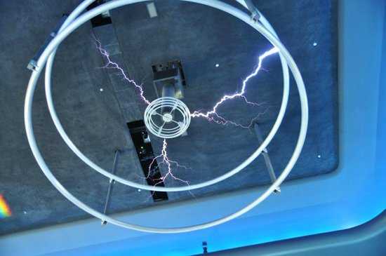 Museum of Science and Industry : Tesla coil!