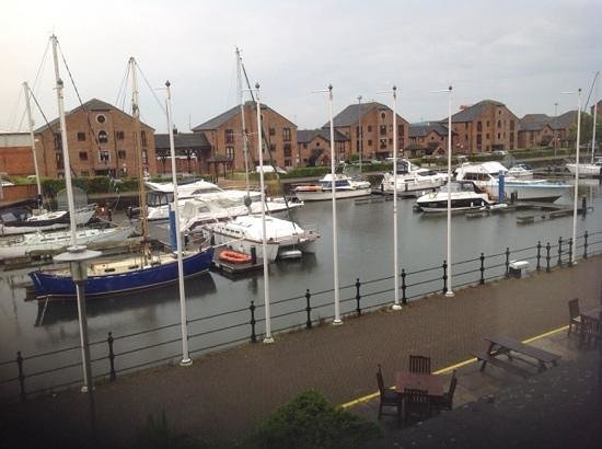 Holiday Inn Hull Marina: Another view from room 118