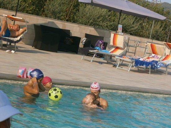 Casa La Querce Bed & Breakfast: piscina esterna2