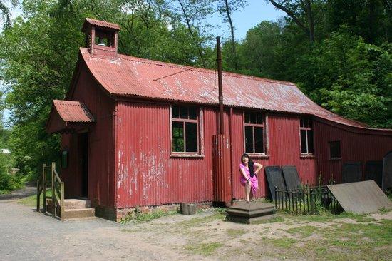 Blists Hill Victorian Town : Church Mission hut