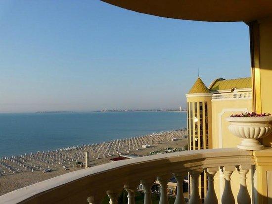 Victoria Palace Hotel & Spa: Вид из номера