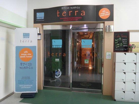 Terra Guesthouse: Вид от общественного лифта