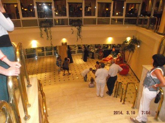 El Malikia Resort Abu Dabbab: oriental dinner