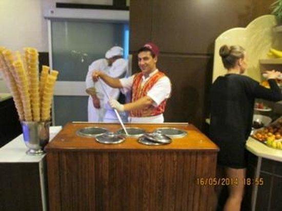Alkoclar Exclusive Kemer: comment on fait de la glace dans l'hôtel