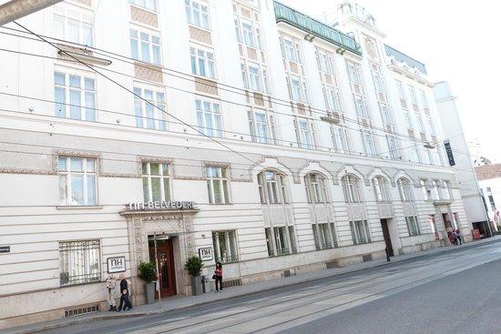 NH Wien Belvedere: Straßenansicht Hotel