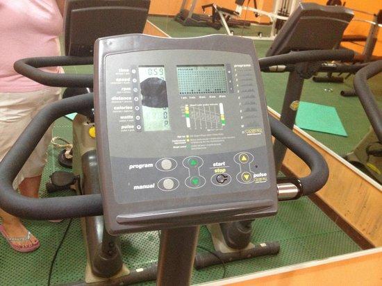 Club Caleta Dorada: Broken display on exercise bike