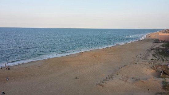 Comfort Inn South Oceanfront: Beach view