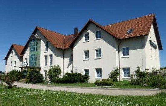 Miesitz, Germany: Ansicht von der Hauptstasse