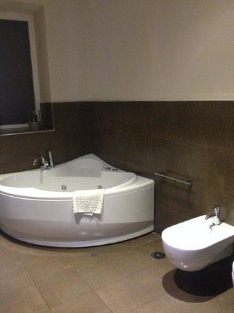 Cardilli Luxury Rooms: Jacuzzi