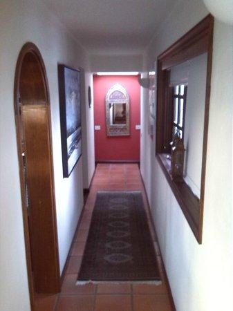 Casa Teiga: Durchgang