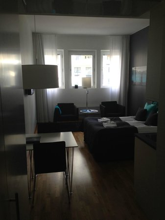 Sky Hotel Apartments Stockholm: room from door
