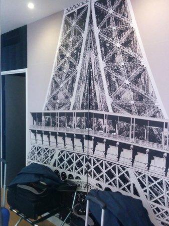 L'Empire Paris : Bedroom