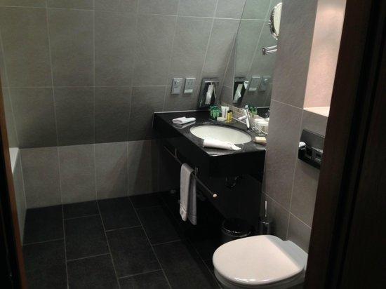 Hilton Gdansk: Waschbecken
