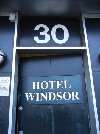 Hotel Windsor: Entrance