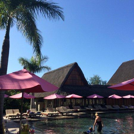 Club Med La Pointe aux Canonniers : vue piscine jour