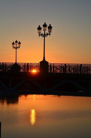 Place du Capitole : Sonnenuntergang Pont St. Pierre