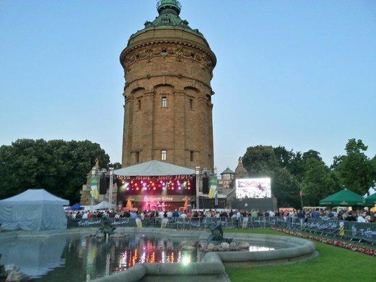 Mannheim Wasserturm Parken