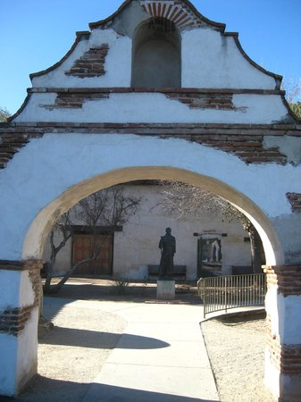 The Original Monterey Walking Tours: Mission San Miguel