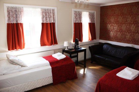 Nupan Deluxe: Triple Room