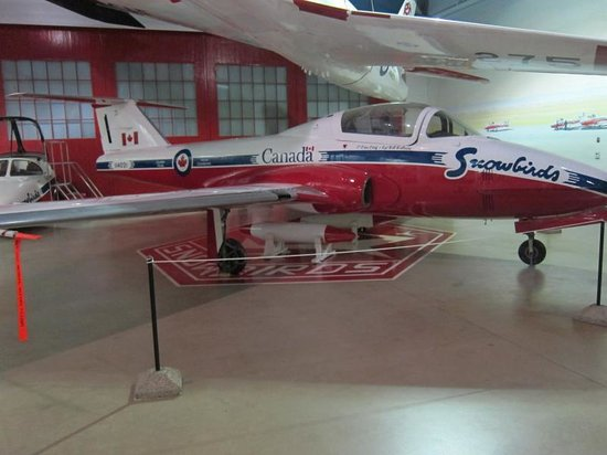 Western Development Museum : Tutor aircaft used by the Snowbirds