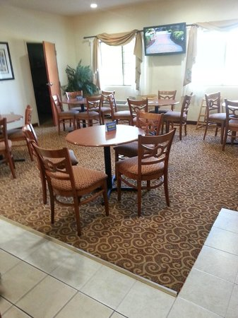 Best Western Denton Inn : Sitting area