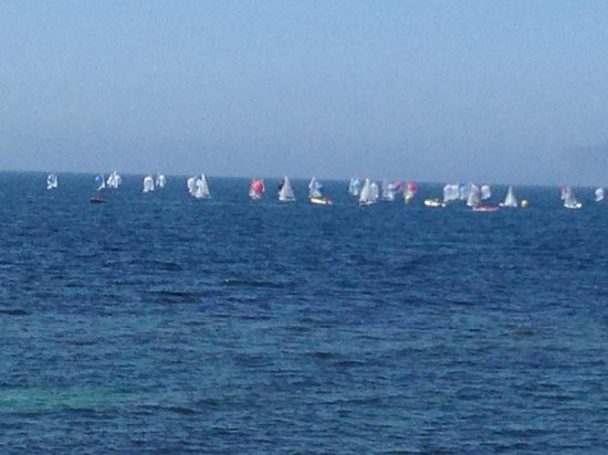 Lido Boeo Marsala: Sailboats at sea.