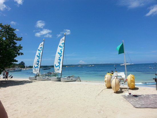 Sandals Negril Beach Resort & Spa: water sports portion of the beach