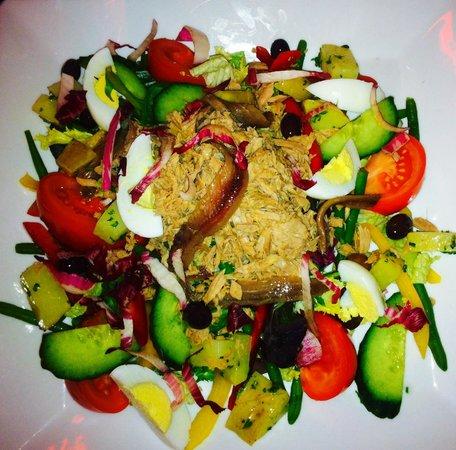 Caffe Roma: salade niçoise