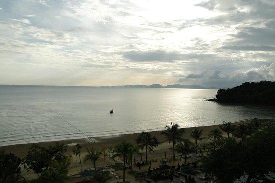 Beyond Resort Krabi: Prachtig uitzicht bij valavond