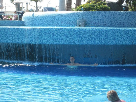 H10 Playa Meloneras Palace: piscine