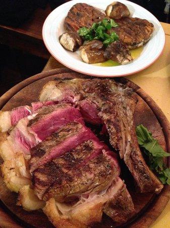 All'Antico Ristoro di Cambi : Bistecca fiorentina di 1,2Kg e funghi porcini grigliati
