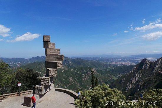 Montserrat Museum: Вид с Горы Монтсеррат !!!