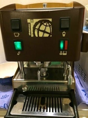 Santa Margherita Guesthouse: Coffeemaker - Make some for Yourself!