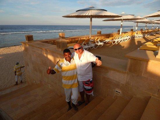 Resta Grand Resort : On the beach