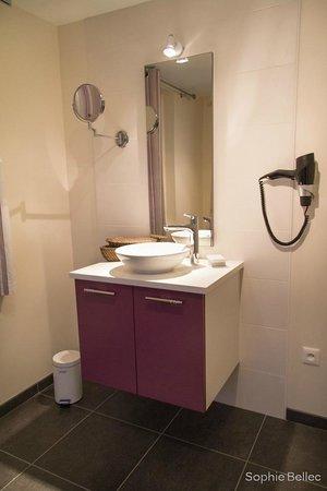 L'Hostellerie d'Acquigny : salle de bains étage