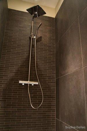 L'Hostellerie d'Acquigny : grande douche