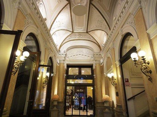 Radisson Blu Palais Hotel, Vienna: Foyer