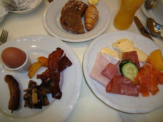 Radisson Blu Palais Hotel, Vienna : Breakfast