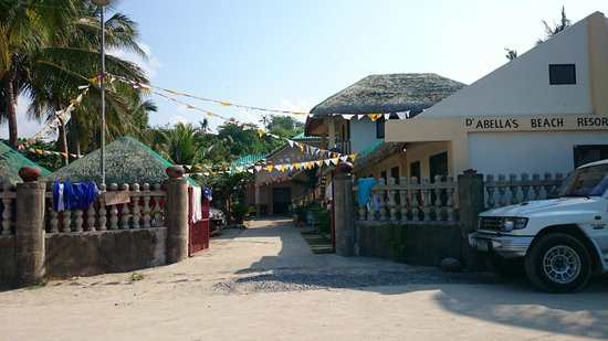 Dasol, Philippinen: Abella's Resort entrance