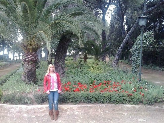 Hotel Catalonia Reina Victoria Wellness & Spa: Jardines del hotel
