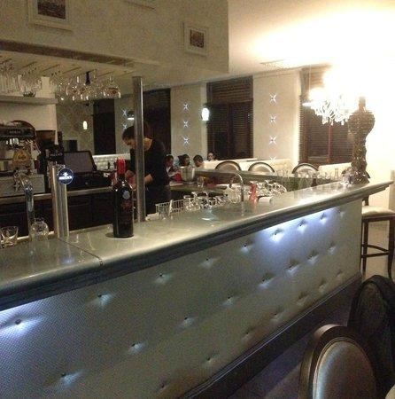 Le Comptoir Libanais: Le magnifique bar