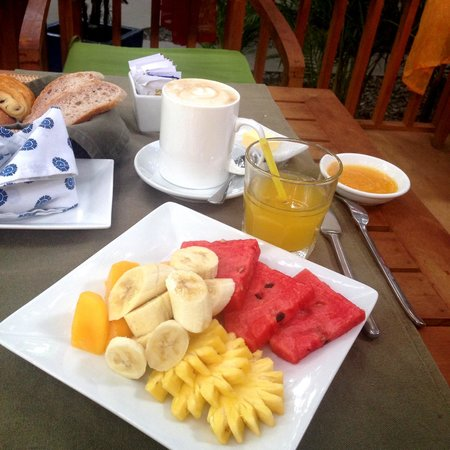 The Pavilion : Breakfast
